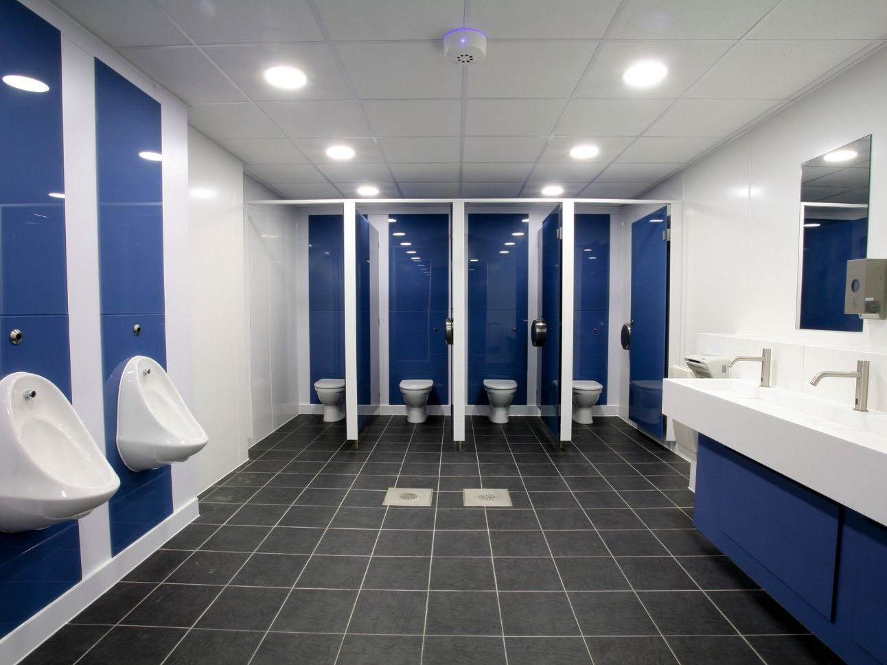 School Washroom Refurbishment In Term Time