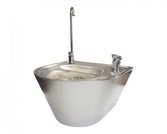 Franke Round Drinking Fountain With Water Filter Bubbler And Bottle