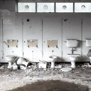 How to Eliminate Bad Odours from Toilets and Washrooms?