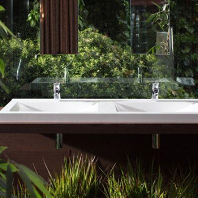 Franke | Washtroughs & Washbasins | Commercial Washrooms
