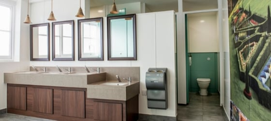Washroom Installation   Commercial Washrooms