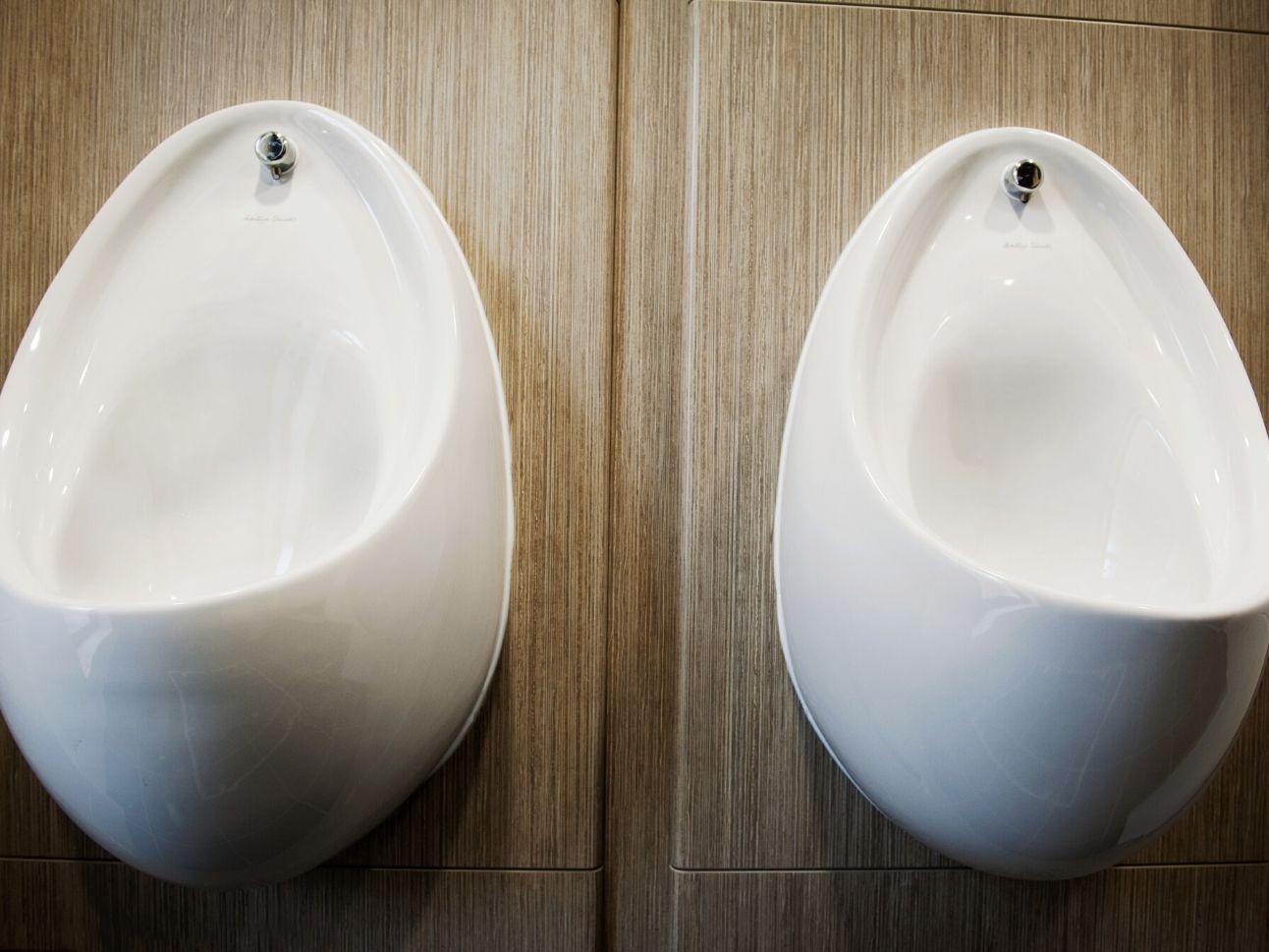 Cambridge University Wolfson College   Case Study   Commercial Washrooms